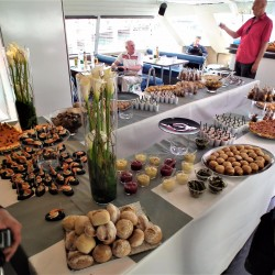 03 catering abord the boat saturday monaco grand prix