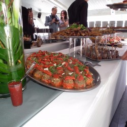 07 catering abord the boat saturday monaco grand prix