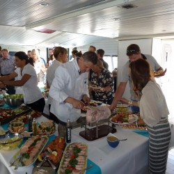 11 catering abord the boat sunday monaco grand prix