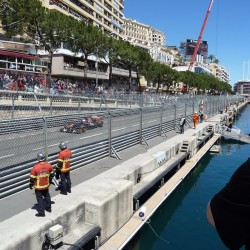 12 view on quai des etats unis speed line grand prix monaco