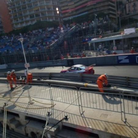 Formules Renault et Porsche